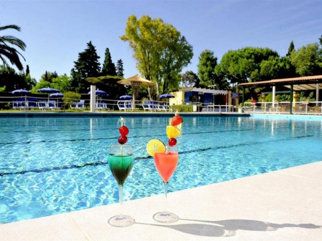 LA SERRA RESORT ITALY VILLAGE**** - Baia Domizia